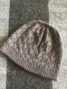 Ravelry: Stones on the Beach Hat pattern by Jennifer Knight Knitting Stitches, Knitting Patterns Free, Knit Patterns, Free Knitting, Free Pattern, Knit Or Crochet, Crochet Hats, Knit Picks, Yarn Shop