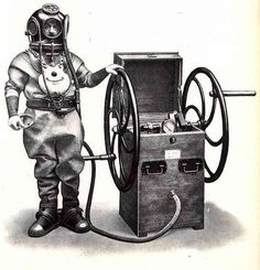 The Strange and Wonderful History of Diving Suits, From 1715 to Today Scuba Diving Equipment, Scuba Diving Gear, Diving Suit, Cliff Diving, Sea Diving, Scuba Watch, Steampunk Movies, Diving Lessons, Diver Down