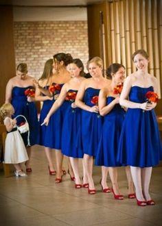 Vestidos de novia de color azul rey