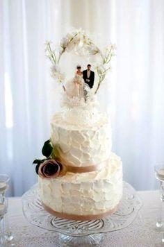 vintage-wedding-cake-toppers-ideas-vintage-topper-simple-wedding-cake-lovely-love-pinterest-331x500.jpg (331×500)