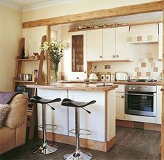 Open-plan country style kitchen-living room with breakfast bar - Small Kitchen Solutions, Small Kitchen Makeovers, Small Open Plan Kitchens, Open Kitchen And Living Room, New Kitchen, Kitchen Decor, Kitchen Ideas, Kitchen Small, Compact Kitchen