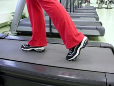 Working up a sweat is a good thing when it comes to exercise, but being too hot may make you throw in your workout towel too soon. A study finds that holding a hand-cooling device while exercising may help obese women keep moving longer.