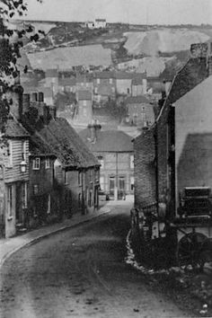 High Street Luton Chatham Rochester Cathedral, Rochester Castle, Rochester Kent, Old Pictures, Old Photos, Chatham Kent, Local History, Family History, England Countryside