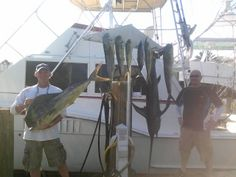 Great daytime swordfishing trip in Fort Lauderdale.  Caught a swordfish on the first drop as well as quite a few dolphin including a 25 pound bull dolphin.  Let's go fishing! www.FishHeadquarters.com #swordfish #swordfishing