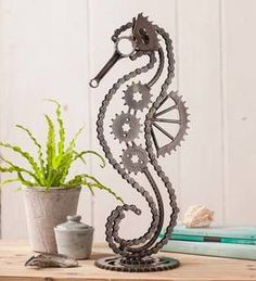 Empathetic achieved diy metal projects ideas have a peek at this web-site Welding Art Projects, Metal Art Projects, Metal Crafts, Diy Projects, Metal Yard Art, Scrap Metal Art, Art En Acier, Yard Sculptures, Metal Art Sculpture