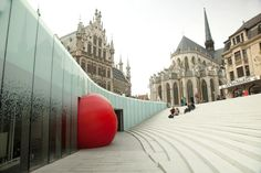RedBall Project by Kurt Perschke