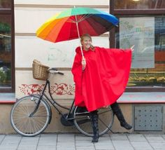 Chic cycling in the rain!