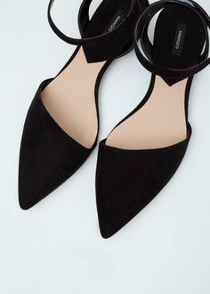 Zapatos planos y puntiagudos para mujer Pointy Toe Flats, Pointed Toe Pumps, Flat Slingback Shoes, Black Flats Shoes, Flat Shoes, Mango Shoes, Sneaker Heels, Espadrilles, Sock Shoes