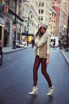 anddd this is what happens when you find a new blog to obsess over. head to toe, this outfit is great.