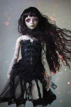 Corsets on BJD. I'd love to attempt this style one day for Alex >