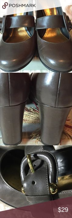 Antoni Melani heels Gray Baby Jane chunky heel with buckle size 7.5. Excellent condition! ANTONIO MELANI Shoes Heels