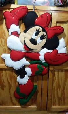 Christmas Puppy, Disney Christmas, Felt Christmas, Christmas Time, Christmas Crafts, Hanging Ornaments, Felt Ornaments, Christmas Tree Ornaments, Christmas Decorations