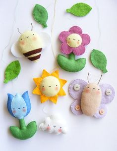PDF pattern - Spring baby crib mobile ornaments. Tulip, daisy, sun, cloud, bee and butterfly. Felt spring ornaments, easy sewing pattern: