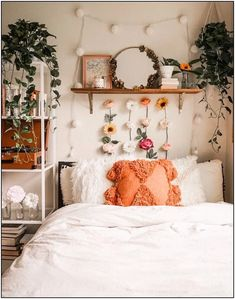 uohome urbanoutfitters bedroomideas cozybedroom bedroompillowsthrowpillows shelfdecor abovebedshelf plantbedroom plantdecor whitebedding neutralbedding bedroomdesignideas bedroomdecor is part of Bedroom decor - Cozy Dorm Room, Cute Dorm Rooms, Cute Room Ideas, Bohemian Bedroom Decor, Bohemian Dorm, Room Ideas Bedroom, Bedroom Inspo, Bedroom Inspiration, Interior Inspiration