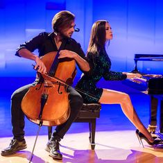 """Gefällt 1,488 Mal, 27 Kommentare - HAUSER (@hausercello) auf Instagram: """"Into the music with @lolaastanova 🎶🔥#photooftheday #comingsoon #music #passion #cello #piano…"""""""