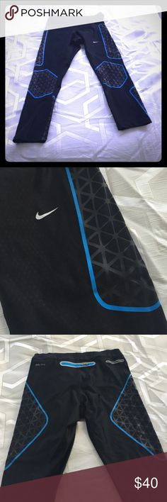 Nike dry fit spandex leggings I love interesting patterns when it comes to working out instead of the usual boring black leggings, and Nike definitely delivers. The fit on me is form fitting but really smooth and comes halfway down my calf. Nike Pants Track Pants & Joggers
