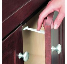 Safety Drawer Cupboard Locks Catches - Baby Child Proofing Safety Pack of 7 Baby Cupboard, Cupboard Drawers, Drawer Handles, Door Handles, Child Safety Locks, Childproofing, Baby Safety, Animals For Kids, Packing