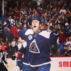 On top of a mountain. #hockey #hockeystick #puck #ice #rink #icerink #hockeyplayer #instagood #hockeyplayers #fight #photooftheday #shot #skate #TFLers #hockeygram #stanleycup #score #hockeylife #pucklife #nhl
