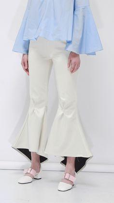 Gisele Flared Pants   LOÉIL #flarepants #spring