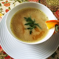 zumKochen: Linsen-Orangen-Suppe Orange, Thai Red Curry, Cantaloupe, Chili, Fruit, Ethnic Recipes, Food, Lenses, Essen