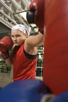 Heavy Bag Workout Routines for Beginners... for when we hang the punching bag!