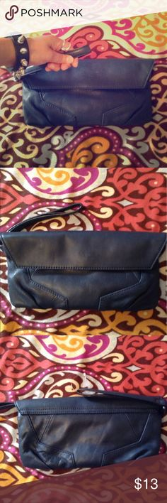 "Beautiful genuine leather clutch 😘 Kenneth Cole New York. Genuine leather clutch NWOT. Dark blue. Soft. Silver polyester lining. Clean. Two pockets inside. Measurements 10.5"" long. 5"" tall. My home is pets and smoke free. Bundle and save 10%😏🌺 Kenneth Cole Bags Clutches & Wristlets"