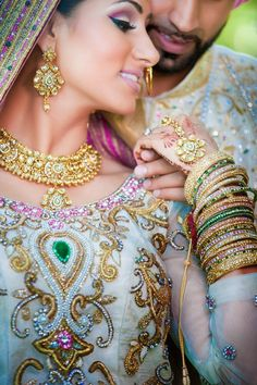 My Big Fat Punjabi Wedding: Photo Sikh Wedding, Punjabi Wedding, Wedding Sutra, Wedding Dresses, Hena, Big Fat Indian Wedding, Indian Weddings, Asian Bridal, Indian Wedding Photography
