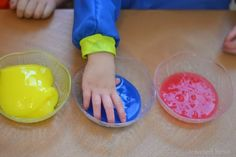 A NEW and Safe Way to Make Slime for Kids {Edible & borax free} Using Metamucil! Make Slime For Kids, Ways To Make Slime, Kids Slime, Dementia Activities, Toddler Activities, Sensory Activities, Summer Activities, Kool Aid Packets, Easy Crafts