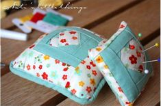 Free pattern: Paper pieced pin cushion