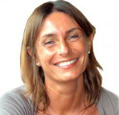 Dottoressa danesi Giovanna, mediatore familiare esperta in counseling individuale. Opera la sua professione con ottimi risultati a Brescia ed in tutto il nord italia.