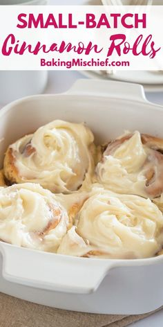 These Small-batch Easy Overnight Cinnamon Rolls make a rich and indulgent breakfast with outrageously amazing cream cheese frosting. Quick Cinnamon Rolls, Overnight Cinnamon Rolls, Cooking For Two, Batch Cooking, Cooking Recipes, Breakfast Dishes, Breakfast Recipes, Dessert Recipes, Breakfast Items