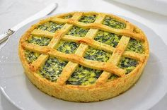 The ricotta and spinach savory pie is a classic of rustic cooking. A delicious … – backen Pizza Rustica, Savoury Cake, Antipasto, Finger Foods, Italian Recipes, Love Food, Spinach, Food To Make, Cake Recipes