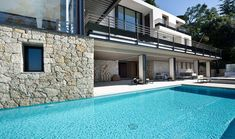 Bayview Villa –  Spectacular Villa with Panoramic Sea Views in Villefranche-sur-Mer, Côte d'AzurDesignRulz12 February 2013Villa Bayview is located in the gorgeous French Riviera, near Monaco. The Villa offers anything you could ever dream of; a b... Architecture