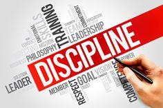Kenapa kita datang ke sekolah harus tepat waktu? Itu karena kita diajarkan disiplin dan tanggung jawab. Berbicara tentang dis