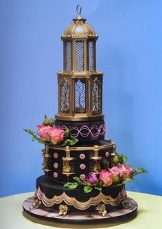 I made this cake for the Oklahoma state sugar art show my first wedding cake in competition. The birdcage is sugar. Crazy Cakes, Fancy Cakes, Big Cakes, Unique Cakes, Creative Cakes, Elegant Cakes, Amazing Wedding Cakes, Amazing Cakes, Pretty Cakes