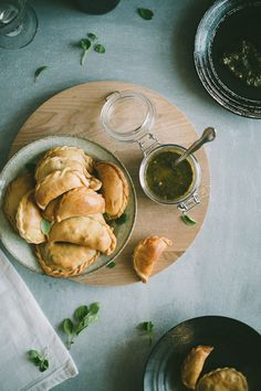 Lamb Empanadas with an Oregano Chimichurri Dipping Sauce Seriously the best. We made some that were just filled with greens and garlic too. Lamb Recipes, Fruit Recipes, Meat Recipes, Cooking Recipes, Picnic Recipes, Leftover Roast Lamb, Love Food, A Food, Gastronomia