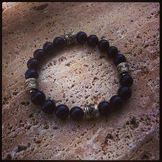 Una #pulsera muy especial de #lapislázuli, para un hombre muy especial.
