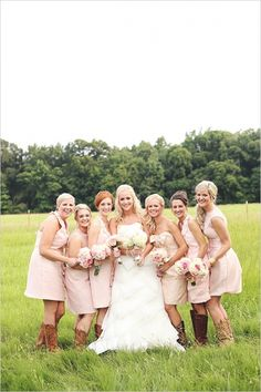 Chic vintage ranch wedding. Captured By: Erica Mae Photography #weddingchicks http://www.weddingchicks.com/2014/09/26/chic-vintage-ranch-wedding/