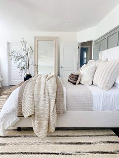 Suites, My New Room, Home Decor Bedroom, Home Decor Inspiration, Decor Ideas, Home Interior Design, Home And Living, Home Remodeling, House Styles