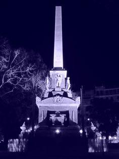 Monumento a los Héroes del 2 de Mayo.