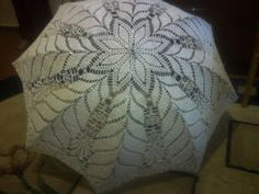 Free crochet patterns and video tutorials: How to crochet umbrella free pattern Crochet Wedding Dress Pattern, Crochet Tunic Pattern, Crochet Blanket Patterns, Crochet Stitches, Crochet Sunflower, Crochet Daisy, Free Crochet Bag, Easy Crochet, Crochet Summer Dresses