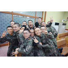 180415  The final week of the basic military training!  Nice to see you again 🌻  ((©URTHESUN))  #태양 #동영배 #TAEYANG #빅뱅 #BIGBANG