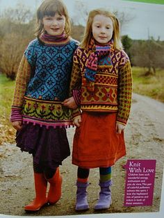 Best Friends Pullovers. From Kristin Nicholas' book Color. Sizes: Chikd S, M, L, XL ( chest 61-91,5 cm)                                                                                                                                                                                 More