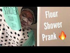 Shower suprise lesbian