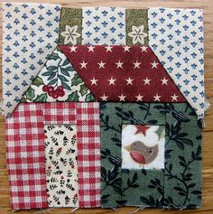 interesting use of scraps- love these little houses...and do I have the scraps!!
