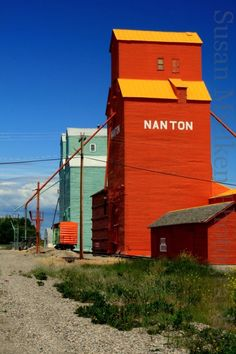Yep, the colours are real. Come for a tour. One hour south of Calgary on Highway 2 South.