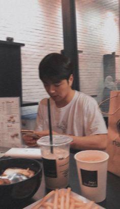 koo june ikon as your boyfriend Kim Jinhwan, Hanbin, Handsome Actors, Handsome Boys, Mix And Match Ikon, Bobby, Ikon Member, Koo Jun Hoe, Artists