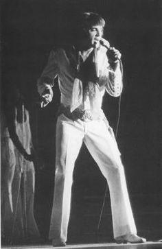 Elvis Tampa, Fl.   September 13th 1970 evening show | Paul Lichter©