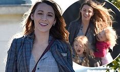 Blake Lively maintains her sense of humor as she wrangles daughters Blake Lively Hair, Blake And Ryan, Ryan Reynolds, Gossip Girl, Daughters, Actresses, Actors, Humor, Couple Photos