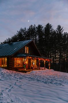 Image of Cozy Winter Log Cabin in Vermont with Christmas Lights by Raymond Forbes Photography Stocksy United Le Vermont, Vermont Winter, Winter Cabin, Cozy Winter, Burlington Vermont, Log Cabin Christmas, Winter Christmas, Christmas Lights, Log Cabin Homes